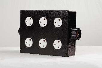 StageCable 19way Plug to 6 x 15A Socket Box with 19way In & Out + H/Clamps
